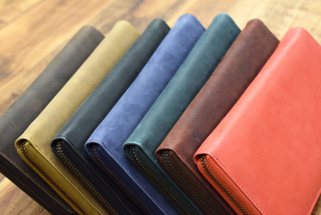 TIDY 財布 カラー